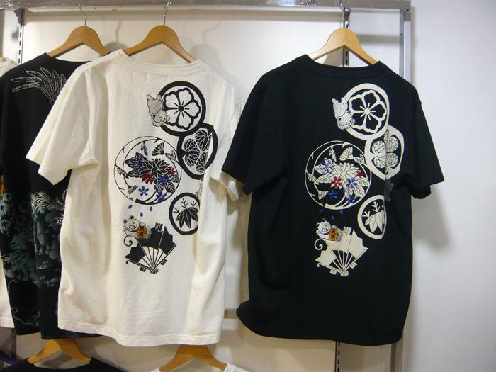 絡繰魂 家紋招き猫刺繍和柄Tシャツ